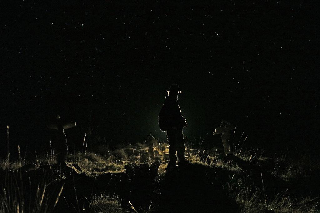 Le plateau, la nuit